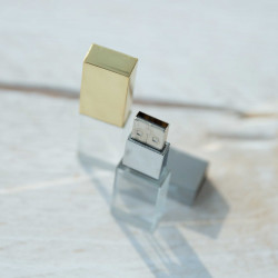 Crystal USB W/BOX | Dolce Vita Luxury Product