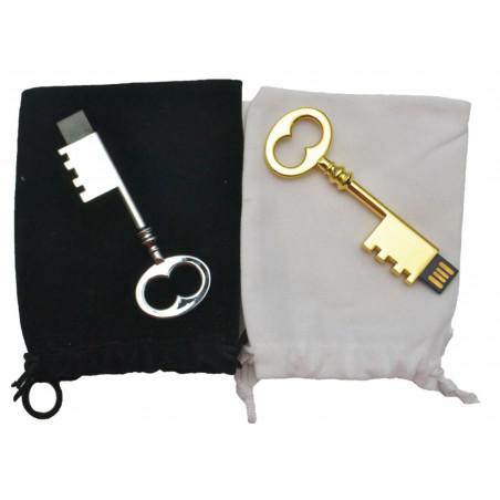 KEY USB W/VELVET POUCH | Dolce Vita Luxury Product